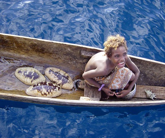 Solomon Islands Beach: THE WORLD`S ONLY BLACK BLONDES