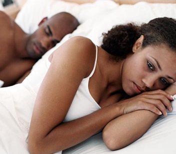 black_couple_in_bed.jpg